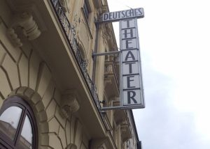 deutsches theater WEB